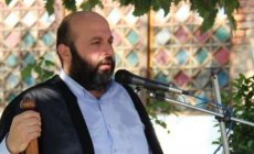 Həbs olunan ilahiyyatçı özünü İranla gərginliyin qurbanı sayır