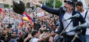 Ermənistanın yarımislahatçısı - Nikol Paşinyan