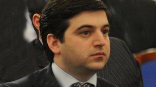 Anar Məmmədov ofisini satışa çıxardı