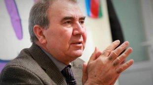 Cəmil Həsənli: Səməd Seyidov rüsvayçılığın içərisində olduğunu başa düşmək istəmir
