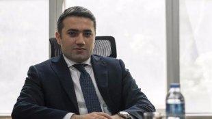 Azərbaycanda bank sədrinin müavini 100 milyon manatla ölkədən qaçıb?