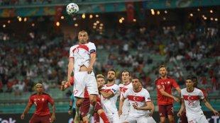 Türkiyəli futbolçular Bakıda dava edib