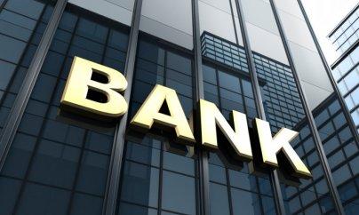 Banklarda növbəli valyuta xaosu: