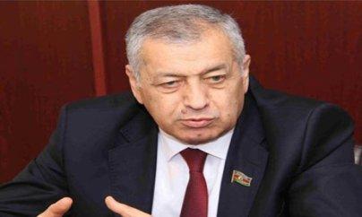 Vahid Əhmədov pensiya yaşının artırılmasına qarşı çıxdı