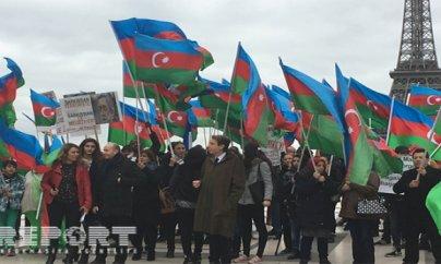 Parisdəki azərbaycanlılardan Sarkisyana qarşı etiraz aksiyası - FOTO/VİDEO