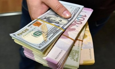 Banklar dolları ucuzlaşdırdı