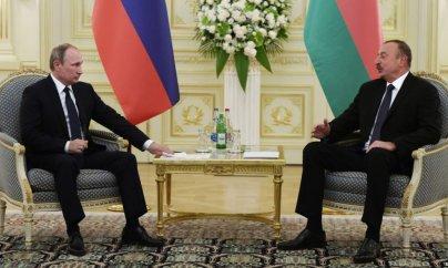 Putin və Əliyev görüşür