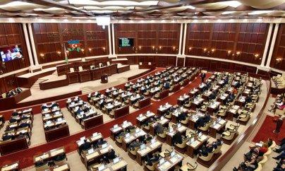 Deputatlar maaşlarının artırılmasını istəyirlər
