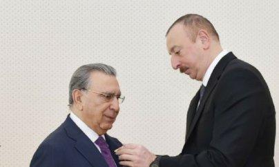 Ramiz Mehdiyevə ''Şöhrət'' ordeni verildi