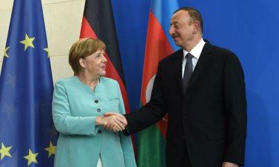 Merkel Azərbaycan qazını gözaltı edir