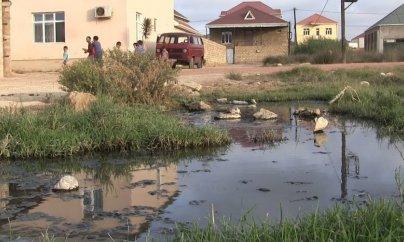Dövlətin çəkməli olduğu kanalizasiyası saraylılar özləri çəkir
