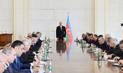 İlham Əliyev Nazirlər Kabinetinin iclasını keçirdi