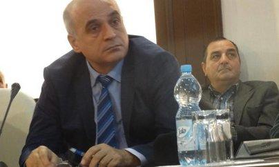 ''Pambıq yığmaqla tələbə nəzəri biliyini artıra bilməz''
