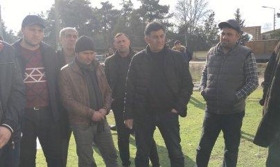 ''Kəmaləddin Heydərov torpaqlarımızı əlimizdən alır''