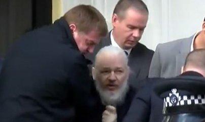 """""""WikiLeaks""""in qurucusu Londonda polis tərəfindən saxlanılıb"""