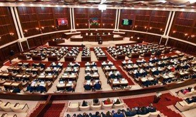 Deputatlar maaşdan əlavə 730 manat da alacaqlar