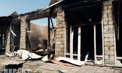 Bərdə bazarında 12 mağaza yandı — VİDEO