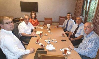 İctimai və siyasi xadimlər Qarabağ məsələsini müzakirə ediblər
