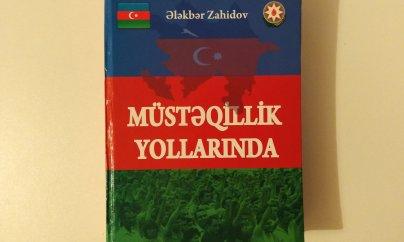 """""""Müstəqillik yollarında"""" kitabı çap olunub"""