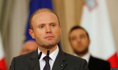 Qətl araşdırmaları fonunda Maltanın baş naziri istefa verib