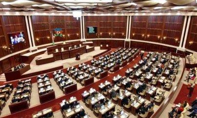 65 yaş məhdudiyyəti deputatlara aid edilməyəcək