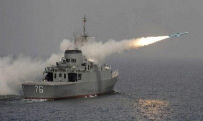 İran öz gəmisini vurdu: 19 ölü, 15 yaralı