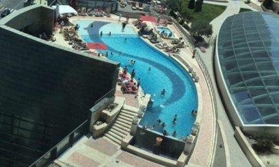 Bakının məşhur otelində karantin belə pozuldu - VİDEO+FOTO