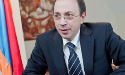 Zöhrab Mnatsakanyanı Ara Ayvazyan əvəzlədi