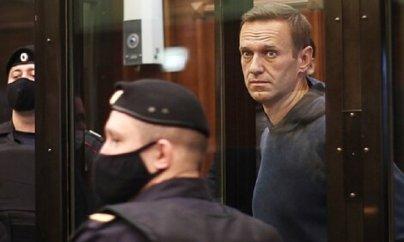 Navalnıya hökm oxundu: 3.5 il həbs