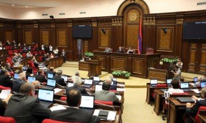 Ermənistanda hərbi vəziyyət rejimi ləğv edildi