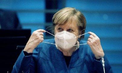 Merkel sərt karantin qərarına görə üzr istəyib
