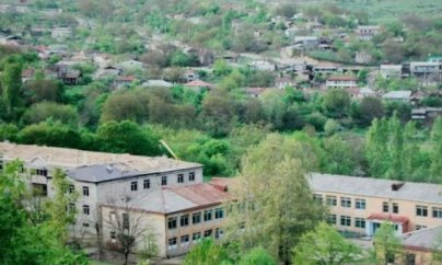 Ermənilər Qırmızı Bazarda 150 ev tikir (VİDEO)