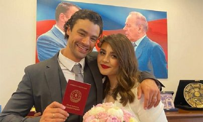Van Dammın oğlu azərbaycanlı pianoçu ilə evləndi