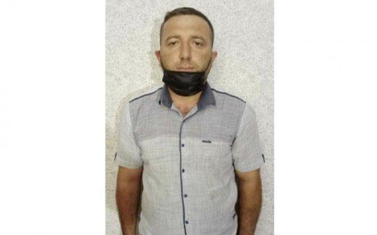 Azərbaycanda narkotik becərən məmur saxlanıldı
